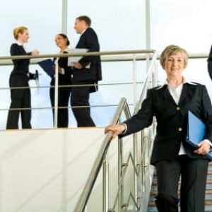 formal_business_people_000009717026XSmall